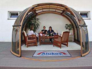 OASIS Schiebeüberdachung für Ihr Whirlpool oder als Sitzplatz verwendbar