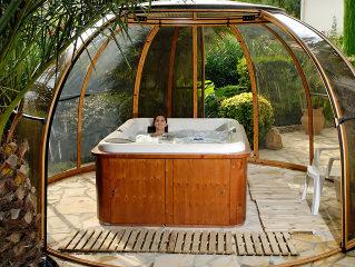 Spa Überdachung ORLANDO schützt Ihren Whirlpool vor Laube