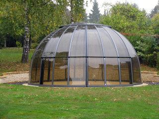 Das aufschiebbare Gartenzimmer ORLANDO für Ihr Gartenmöbel oder Ihren Whirlpool