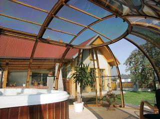 Whirlpoolüberdachung SPA SUNHOUSE® im Holzdekor
