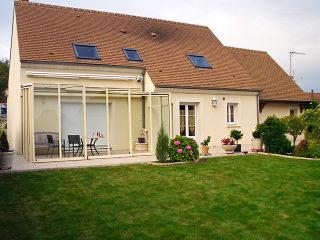 Luxus auf Ihrer Terrasse - Glas und Aluminium-Profile in der Farbe Beige