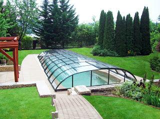Abri de piscine ELEGANT est une protection longue durée