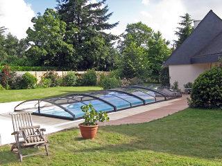 Abri pour piscine enterrée modèle  IMPERIA NEO light - avec structures anthracite