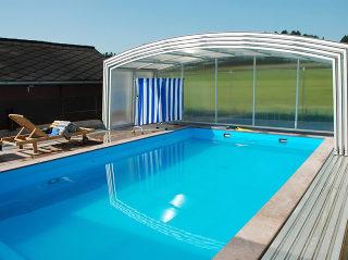 Abri haut pour piscine modèle VENEZIA - blanc, intégralement ouvert