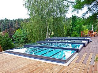 Abri de piscine Terra