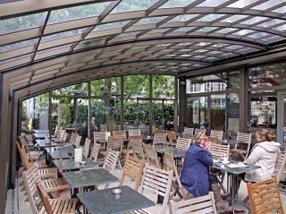 Le patio rétractable CORSO Horeca - pour restaurants et hôtels