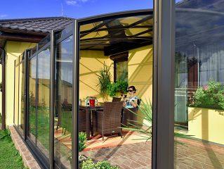 Zastřešení terasy CORSO je alternativou zimní zahrady