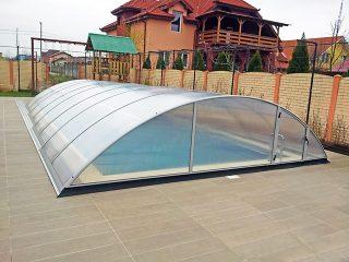 AZURE kupola za bazene u srebrenoj boji, s dvostrukim polikarbonat zidom