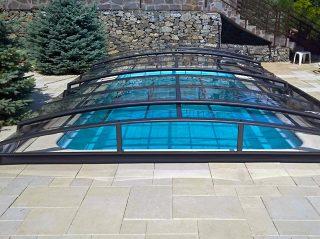 AZURE Angle bazenski krov spada u najniže modele krovišta na tržištu