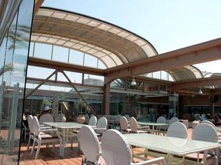 Retractable pool enclosure for public swimming pool 02