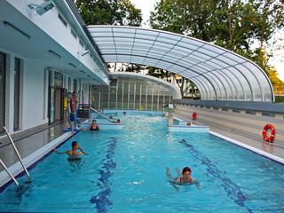 Retractable pool enclosure for public swimming pool 06