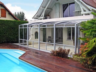 Patio enclosure CORSO can also cover your hot tub - white frames