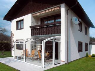 Retractable patio enclosure CORSO by Alukov