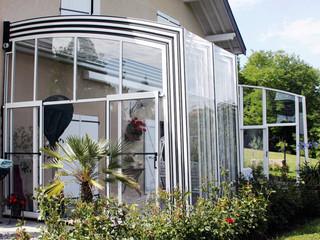 Retractable terrace enclosure CORSO by Alukov UK