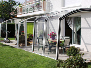 Retractable patio cover CORSO Solid by Alukov 40