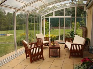 Retractable innovative conservatory - patio enclosure CORSO by Alukov
