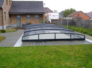 Swimming pool enclosure Corona with anthracite finish