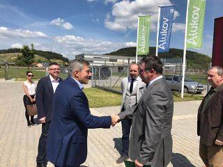Alukov üzemcsarnok átadás 2017 - Juraj Chmiel Csehország magyarországi nagykövete