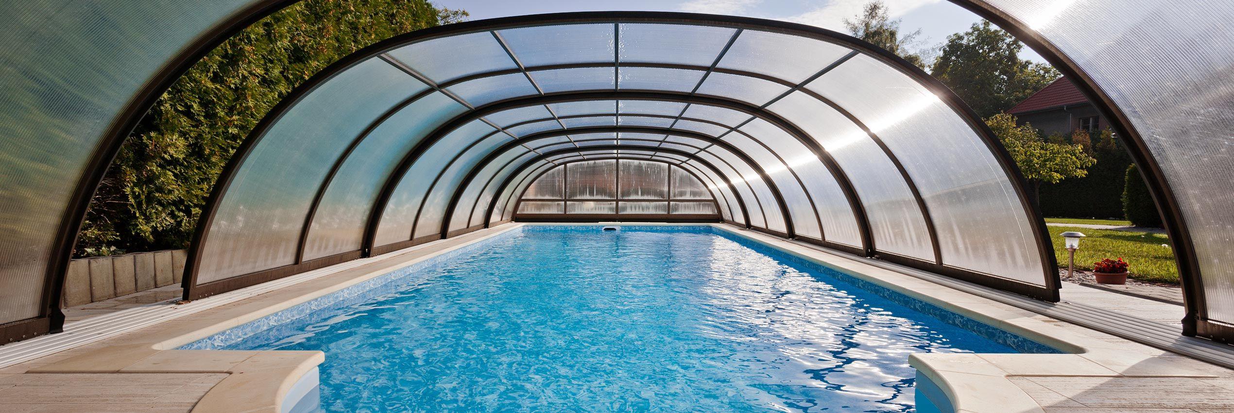 Copertura piscina aperta a metà Tropea NEO