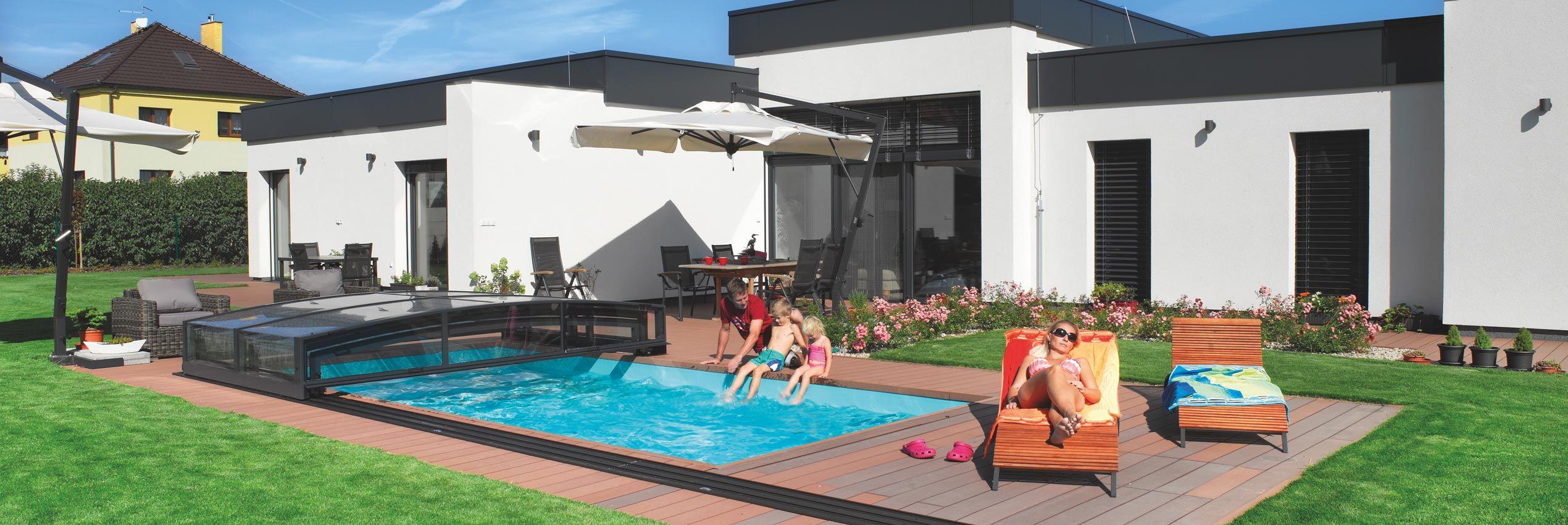 Copertura piscina aperta a metà Viva