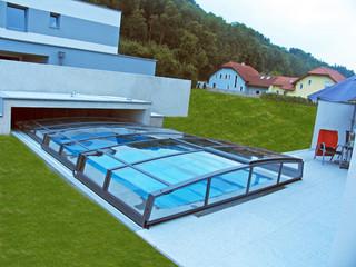 copertura telescopica per piscina modello basso