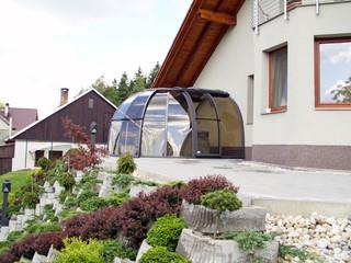 copertura per la vasca idro con ampia apertura centrale