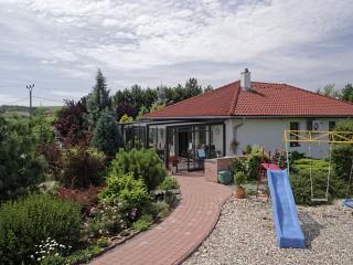 Copertura per terrazzio Corso Glass – soluzioine migliore per vostro giardino