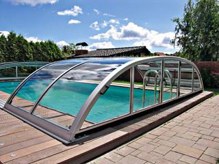 Copertura piscina piscina bassa Elegant con la porta laterale