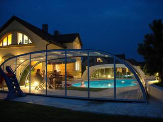 copertura per piscina medio alta tutta trasparente