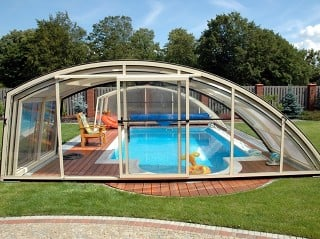 Front view on pool enclosure solution Ravena