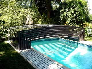 Fully retracted pool enclosure Viva
