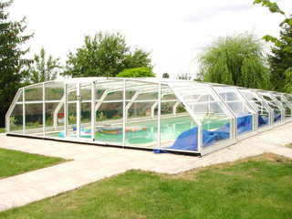High swimming pool cover OCEANIC by Alukov