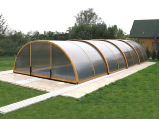 Large swimming pool enclosure UNIVERSE - green