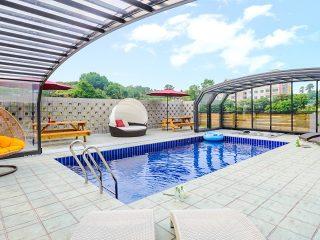 Swimming pool enclosure Oceanic High