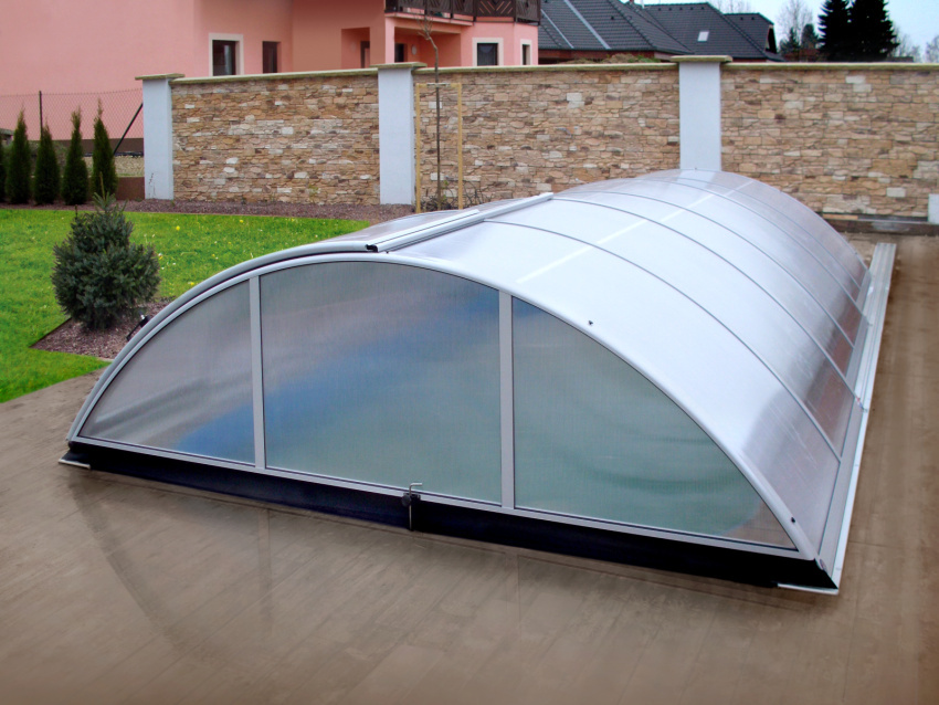Type pool enclosure - T2