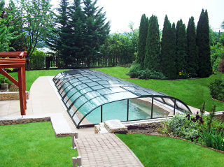 Zwembadoverkapping ELEGANT is de perfecte en langdurige oplossing