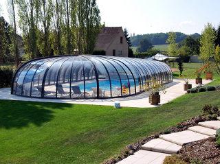 Zwembadoverkapping OLYMPIC verhoogt de temperatuur water in uw zwembad