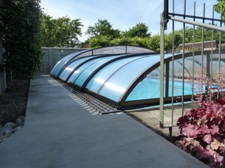 Combi ELEGANT NEO™ pool enclosure