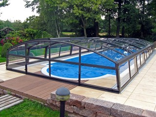 Higher pool enclosure Imperia - anthracite finish and pure polycarbonate