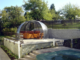 Retractable jacuzzi enclosure SPA DOME ORLANDO - retains heat and allows to use spa pool all year
