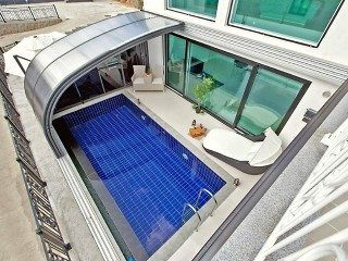 Look from above on pool enclosure Style