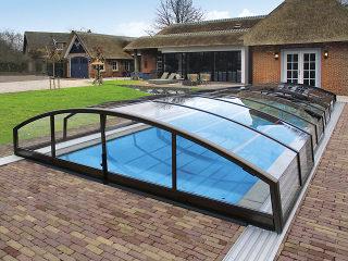 Low line pool enclosure Imperia