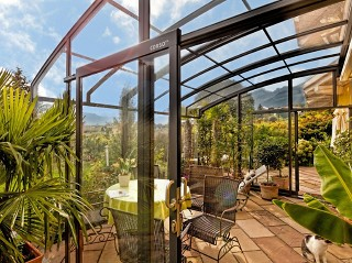 Make your own tropical paradise with patio enclosure Corso Premium