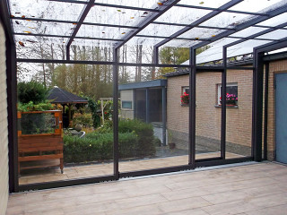 Modern retractable patio enclosure Corso Ultima