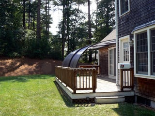 Retractable patio ecnlosure CORSO Entry is an alternative to classical conservatory
