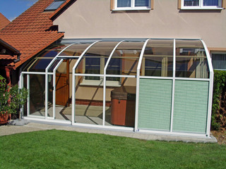 Retractable patio cover CORSO Solid - used to cover spa pool