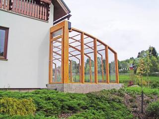 Atypical retractable patio cover CORSO Solid