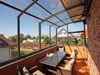 Retractable patio cover CORSO Solid as a balcony enclosure