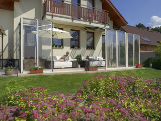 Retractable patio enclosure CORSO Solid is ideal place family time