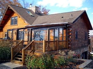Patio enclosure Corso Premium fits great even on the wooden cabin